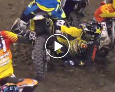 Acidente De Motocross Mais Insólito De Sempre 3