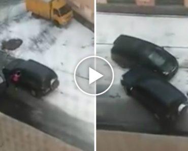 O Que Acontece Quando Duas Mulheres Enraivecidas Se Desentendem No Trânsito 3