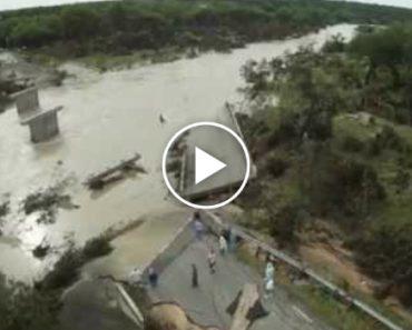 Ponte Fica Completamente Destruída Devido Ao Mau Tempo 3