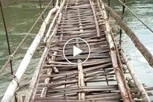 Só Com Muita Coragem É Que Alguém Se Aventura a Atravessar Uma Ponte Assim! 8