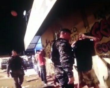 Polícia Tem Método Único Para Revistar Suspeitos 9