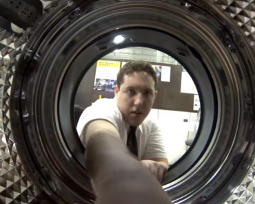 Veja Como Centrifuga Uma Máquina De Lavar Roupa, O Resultado Parece Uma Viagem Ao Futuro 5
