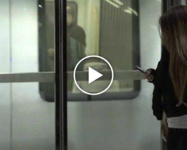 Como Deixar Os Passageiros Do Metro Sem Palavras!!! 1