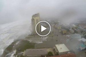 Time Lapse Dramático Mostra o Momento Em Que o Furacão Matthew Atinge a Praia De Jacksonville 9