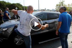 Grupo De Taxistas Vandaliza Carro Da Uber Durante Manifestação 9