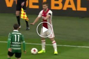 """Jogador Do Ajax Mostra Que Para Ele o Fair Play Não Existe... e """"Dribla"""" Adversário De Forma Impensável! 10"""