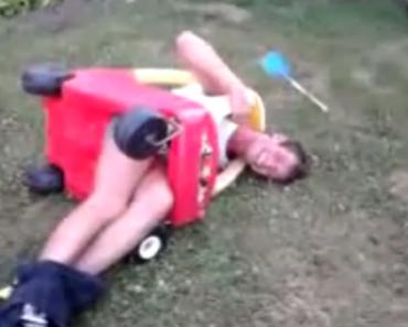 O Que Acontece Quando Um Adulto Alcoolizado Tenta Conduzir Carro Infantil 6