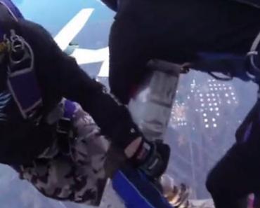 Dois Aviões Colidem Quando Paraquedistas Se Preparavam Para Saltar 1