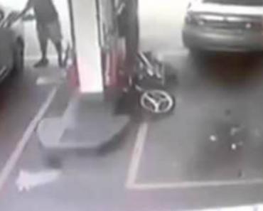 Automobilista Vinga-se De Motociclista Por Não Ceder Lugar 1