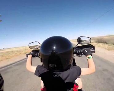 Pai Deixa Filho De 6 Anos Conduzir Harley 9