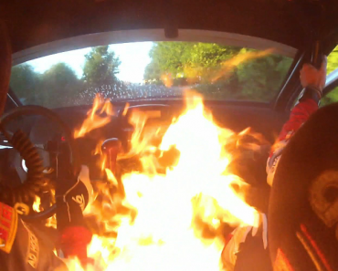 Interior De Carro Incendeia-se Durante Prova Rally 4