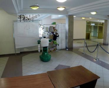 Robot Evita Queda De Criança Em Universidade Russa 6