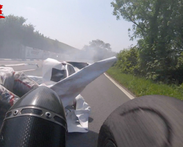 Britânico Escapa a Atropelamento Durante Competição De Velocidade 2