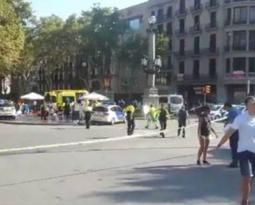 Atentado Em Barcelona Com Camião Faz 13 Mortos e Dezenas De Feridos 5