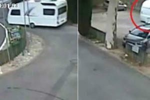 Caravana Solta-se De Carro Em Andamento, Estaciona-se Sozinha e Sem Causar Estragos 10