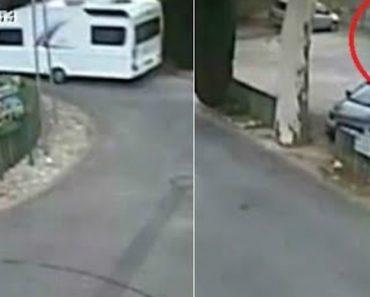 Caravana Solta-se De Carro Em Andamento, Estaciona-se Sozinha e Sem Causar Estragos 4