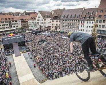 Com 21 Anos Fez História Ao Realizar o Primeiro Giro De 1440 Graus Numa Bicicleta De Montanha! 8