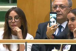 Filha Do Presidente Do Azerbaijão Tira Selfies Enquanto o Pai Faz Discurso Sobre Genocídio 9