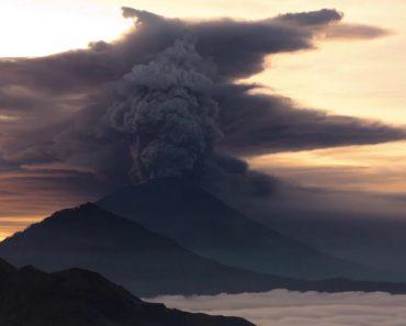 O Vulcão Do Monte Agung Em Bali Está Prestes a Eclodir 6