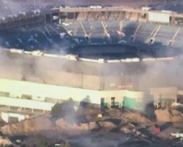 Implosão Do Estádio Silverdome De Detroit Não Correu Como Planeado 1