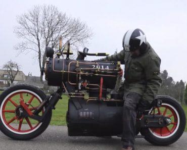 Veja Como é Conduzir Esta Incrível Moto Movida a Vapor 6