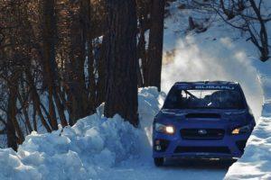 A Alucinante Viagem De Um Piloto Numa Pista De Gelo Ao Volante De Um Subaru 10