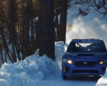A Alucinante Viagem De Um Piloto Numa Pista De Gelo Ao Volante De Um Subaru 6