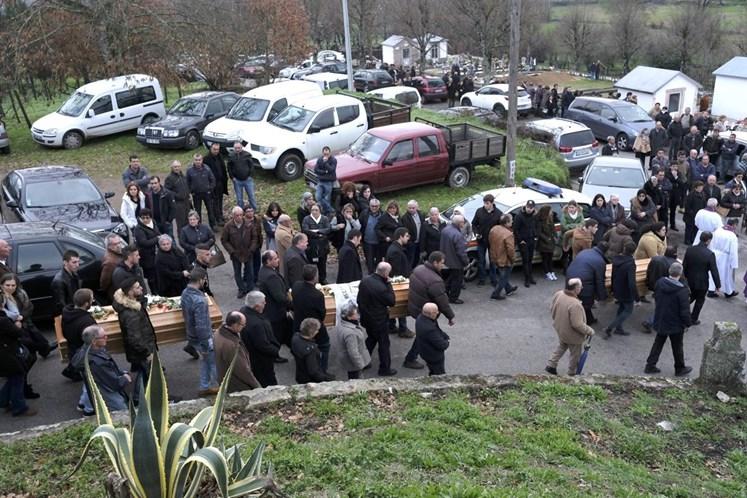 Casa De Vítima De Incêndio Em Tondela Assaltada Durante Funeral 4