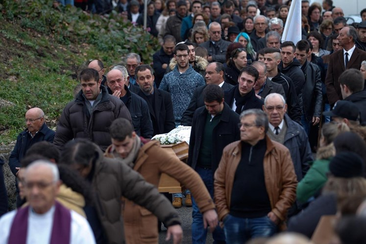 Casa De Vítima De Incêndio Em Tondela Assaltada Durante Funeral 5