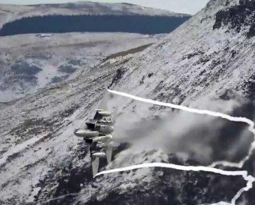 Dois Caças F-15 Em Impressionante Vídeo De Manobras Nas Montanhas 2