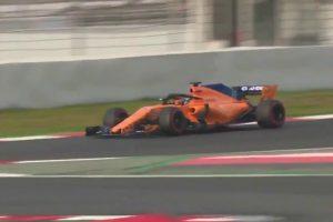 Início De Pesadelo Para Alonso Na F1: Porca Mal Apertada e Lá Se Foi a Roda 9