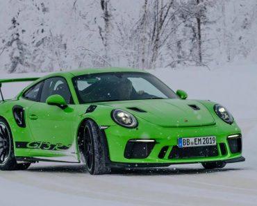 Porsche Apresenta Novo 911 GT3 RS De 520 Cv Com Drifts Na Neve 1