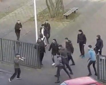 Estudantes Expulsam Homem Armado Com Facas Após Ter Invadido Escola 2