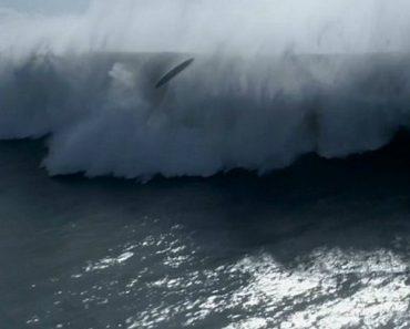 Drone Capta Intensa Batalha De 2 Surfistas Nas Assustadoras Ondas Da Nazaré 14