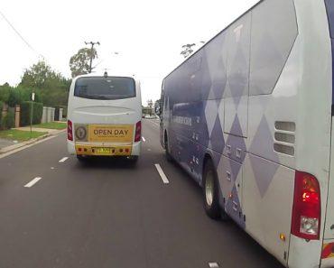 Motoristas Causam Extensa Fila De Trânsito Ao Pararem No Meio Da Estrada Para Conversar 2