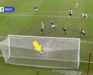 Defesa Desiste Do Lance Quando a Bola Ainda Nem Sequer Tinha Ultrapassado a Linha De Golo 3