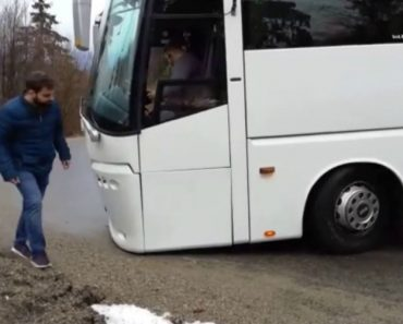 Manobra Com Autocarro Numa Montanha Termina Desastrosamente Após Engano Do Motorista 7