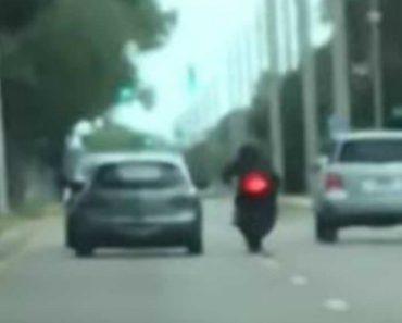 Motociclista Abalroado Por Carro Em Discussão No Trânsito 7