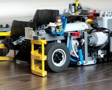 """Cria """"Aspirador"""" Feito De Legos Capaz De Recolher Todas As Peças De Lego Que Estejam No Chão 6"""