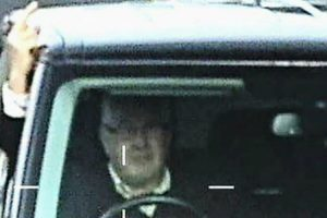 Homem é Preso Após Mostrar Dedo Do Meio a Radar De Polícia 9