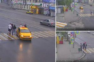 Na Rússia Um Simples Atravessar a Estrada Pode Dar Origem a Uma Verdadeira Batalha Campal 10