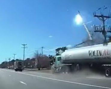 Acidente Com Camião Carregado Com 45 Mil Litros De Gasolina Provoca Queda De Poste De Eletricidade 6