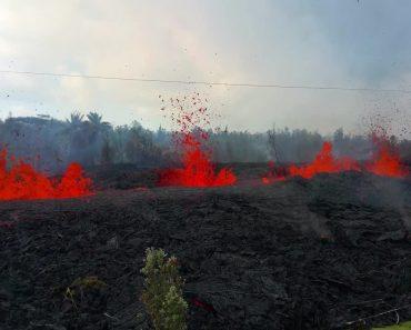 """Vídeo Assustador Mostra """"Rio"""" De Lava a Consumir Jardim De Habitação No Havai 9"""