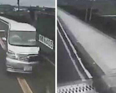 Camião Despista-se e, Por Sorte, Fica a Balançar Na Ponte 4
