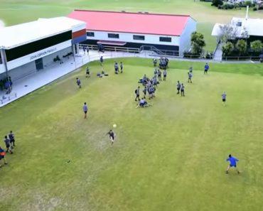 Jovem Desportista Derruba Drone Com Bola De Futebol 2