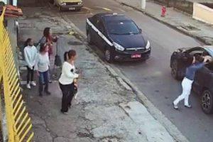 """Criminosos """"Comodistas"""" Assaltam Grupo De Mulheres Sem Sequer Saírem Do Carro 9"""