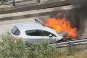 Viatura a Arder Com Várias Explosões No Motor Causa Pânico Em Coimbra 10