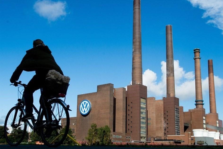Sabia Que a Volkswagen Vende Mais Salsichas Que Carros? 9