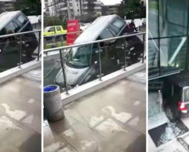 Condutora Sofre Acidente Depois De Confundir Entrada De Edifício Com Parque De Estacionamento 1