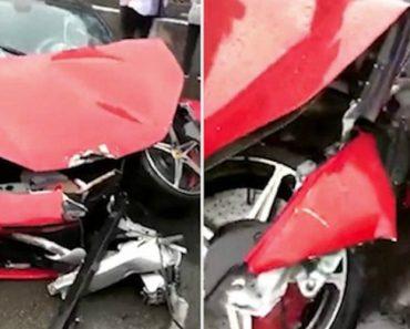 Mulher Destrói Ferrari Minutos Depois De Começar a Conduzi-lo 6